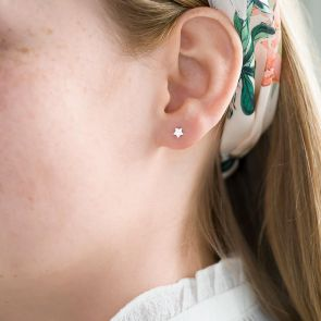 small sterling silver star stud earring