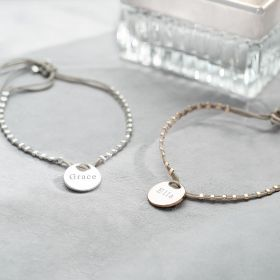 Disc Bracelet PErsonalised with classic Style Name